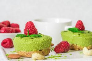 Vegan moringa, Raw & vegan Moringa Raspberry Mini Cheesecakes, Nia Pure Nature